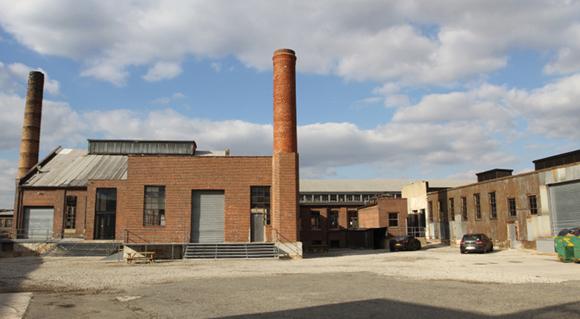 BERRY BITS: Knockdown Center applies for liquor license